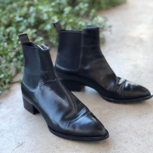 Vince Yarmon Black Leather Chelsea Boots